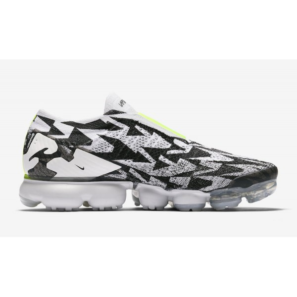 ACRONYM x Nike VaporMax Moc 2 Light Bone/Light Bon...